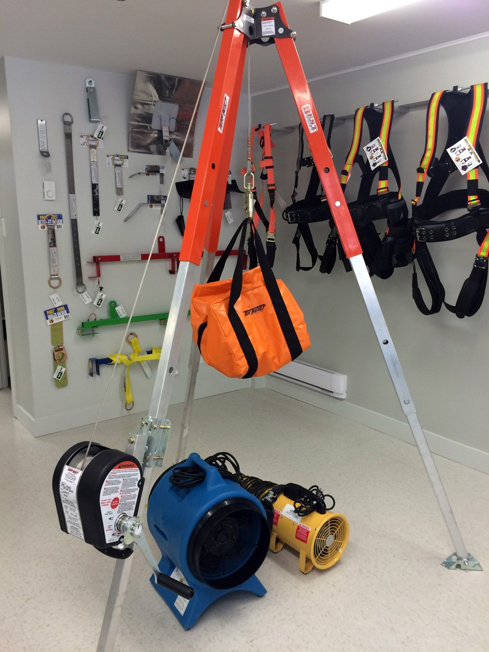 Technical Confined Space Entry Systems We The Safe